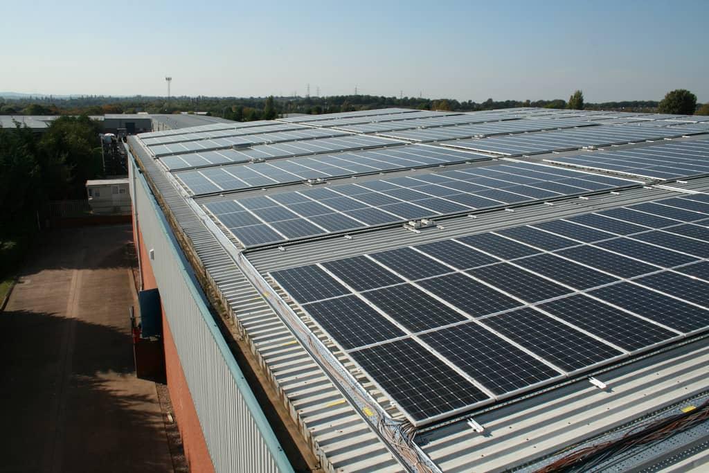 solar-panels-metal-roof