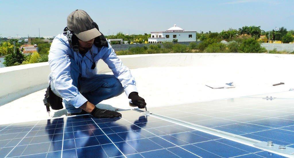 do solar panels need maintenance?