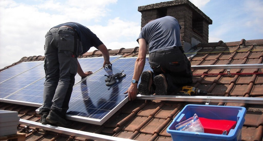 is it better to buy or lease solar panels who owns the panels? - buy or lease solar panels